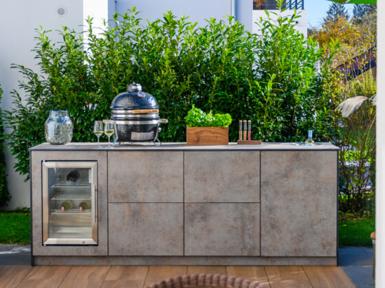 OUT4KITCHEN - Outdoorküche mit Caso Outdoor Kühlschrank